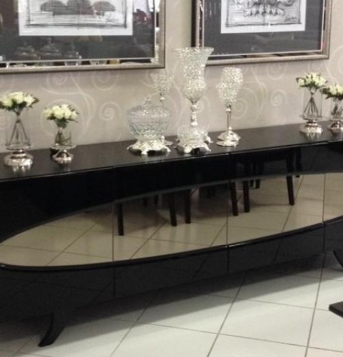 Buffet Laca Preta com espelho Bronze oval